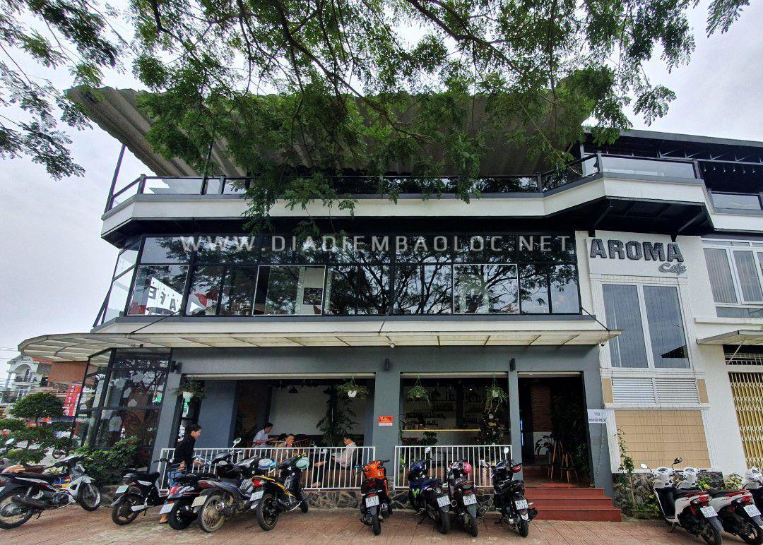 aroma caffee house 2