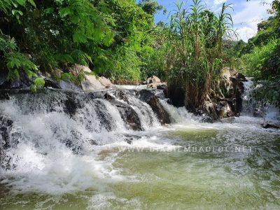 Thác #2, Khoảng tháng 08, mình đi thì chỗ này nước đọng, có thể tắm